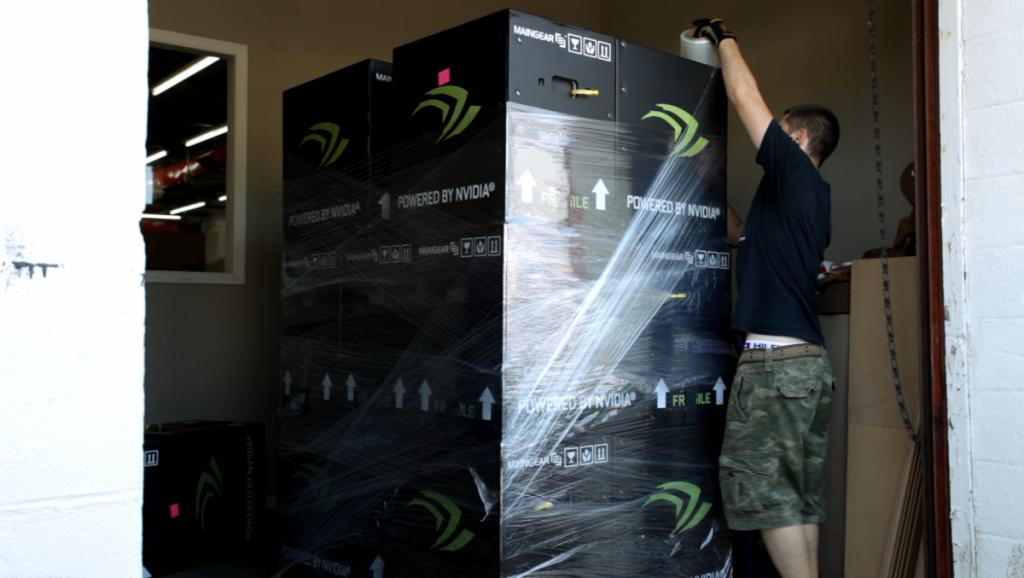 PC dari Maingear siap dikirim ke Seattle untuk Dota 2 TI5