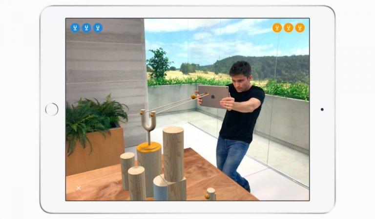 """Apple Umumkan Game Augmented Reality """"Ketapel"""" yang Kompetitif"""