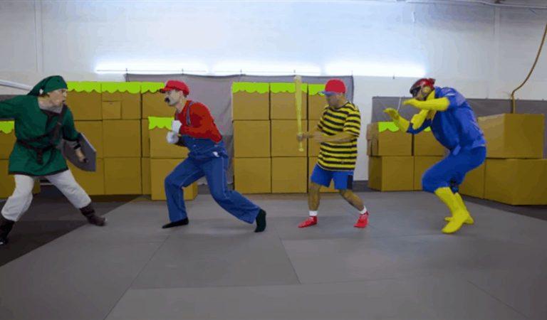 """Coba Simak Aksi Para Stuntmen Ini dalam """"Mengapresiasi"""" Super Smash Bros"""