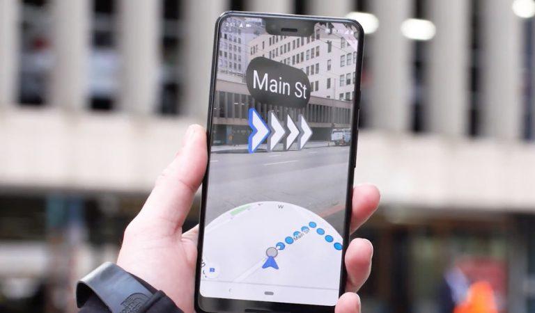 Google Uji Coba Teknologi AR untuk Navigasi di Google Maps