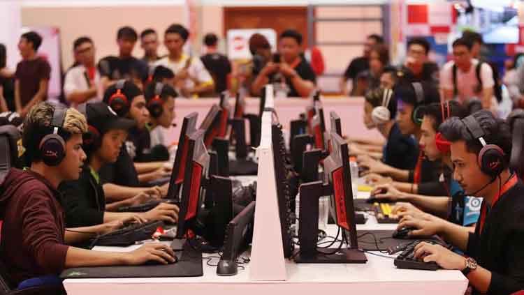 Hasil gambar untuk electronis sport indonesia esid